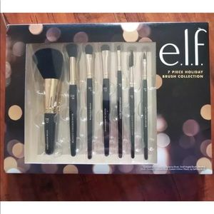 E.L.F. 7 Piece Holiday Brush Collection
